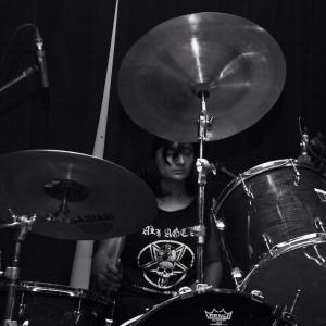 Ahna live - Drums